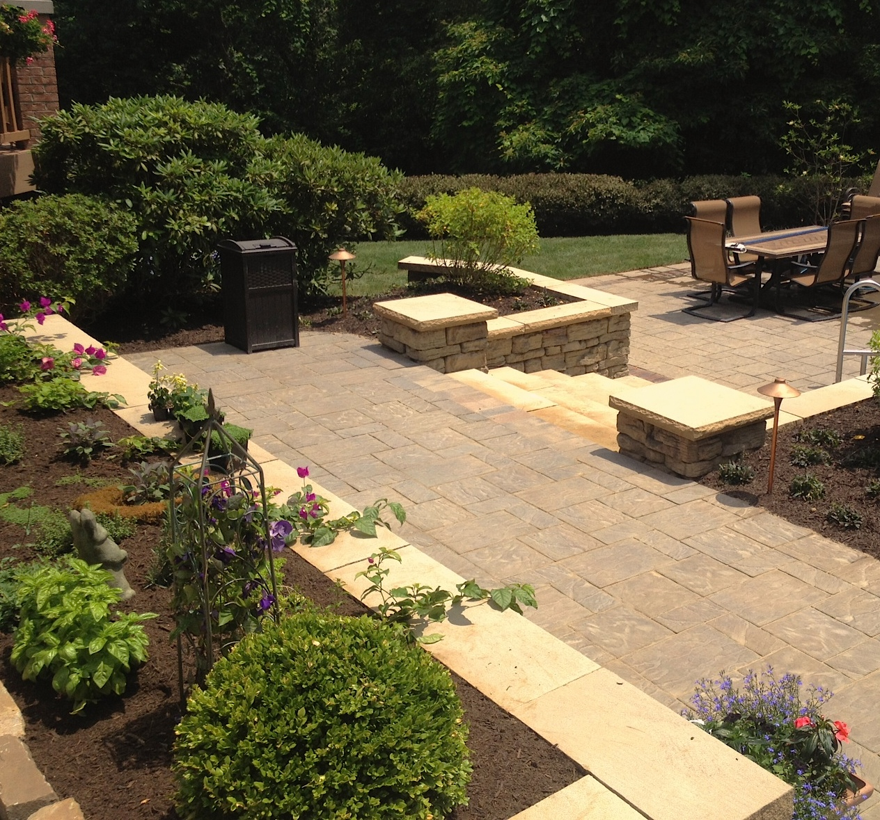 Landscapes gallery a n lawn service inc for Outdoor spaces landscaping