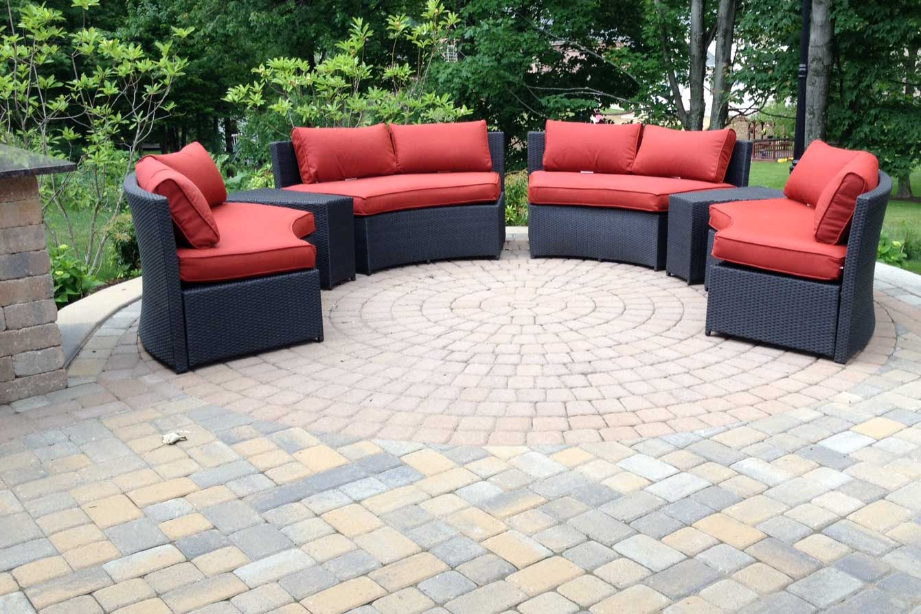 Outdoor Living Space Ross Township