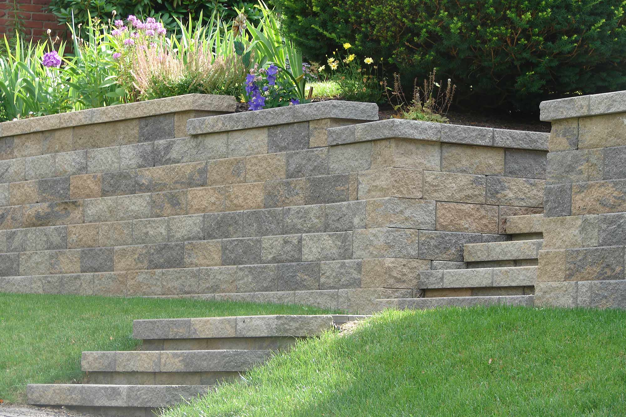 Retaining wall Ross Township