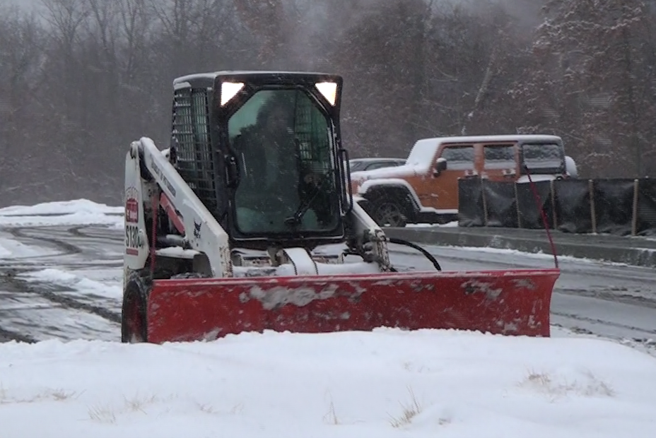 residential snow removal North Hills